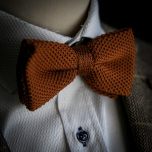 Marc Darcy knitted bow tie in rust